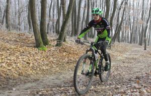 Anul nou ne aduce în echipă un ciclist admirat de noi încă de când mountaibike-ul în România era mai puțin cunoscut.